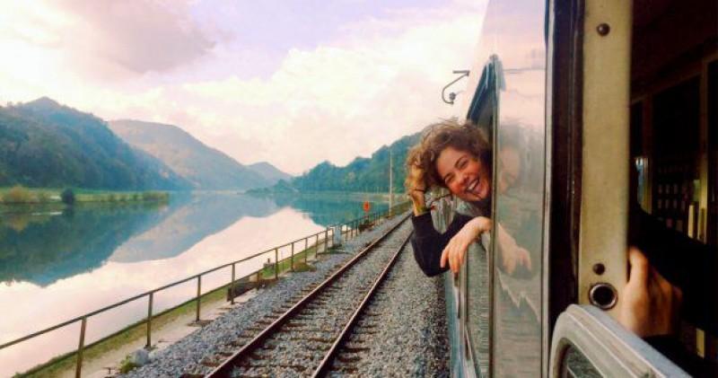 Tinerii români vor primi bilete gratuite de tren pentru a călători în toată Europa