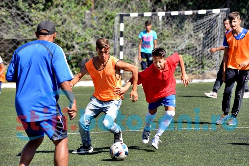 Tinerii romi din județul Botoșani se întrec la Cupa Romjunior - Fotbal 2016 - FOTO, VIDEO