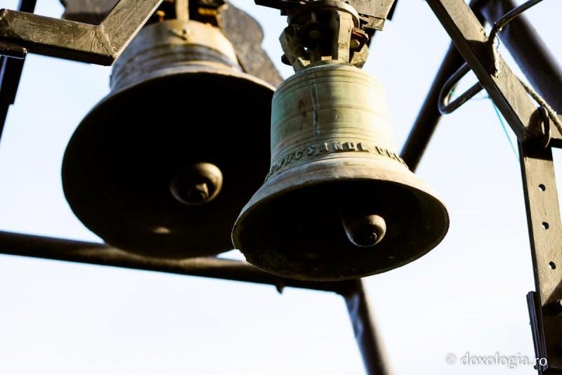 Toate clopotele bisericilor ortodoxe vor fi trase mâine la Botoșani în semn de neuitare și recunoştinţă faţă de eroii neamului