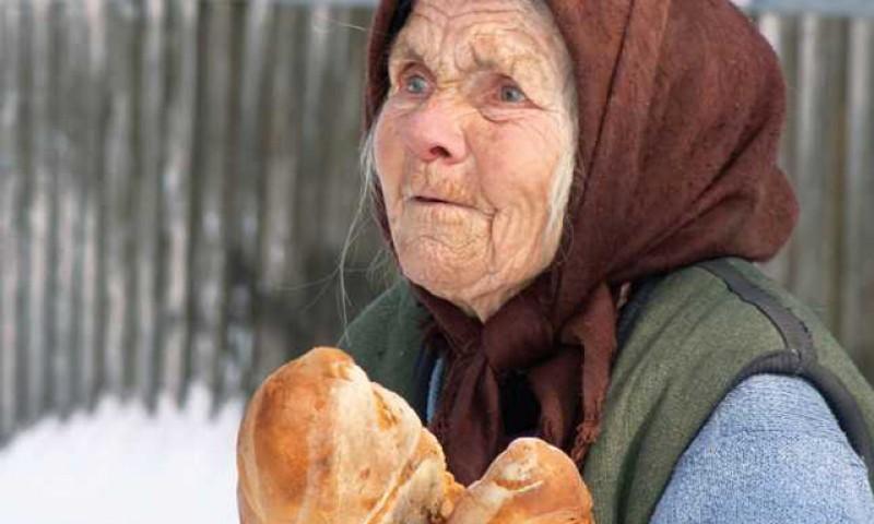 Tot nu credeți că politicienii vă țin intenționat în sărăcie? Fondurile UE pentru sărăcie extremă au rămas nefolosite după ce proiectele au fost ascunse de PSD-iști în sertarele ministerelor 3 ani