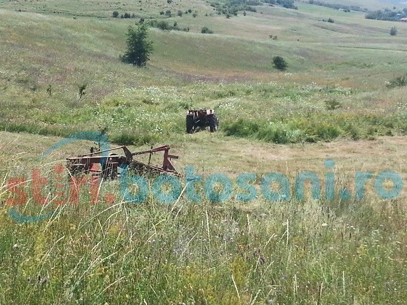 Tractor răsturnat la Lozna! Un bărbat a fost rănit!
