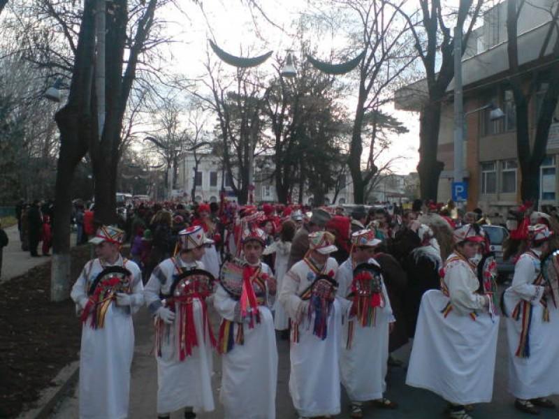 Traditii si obiceiuri pe strazile orasului! - FOTO