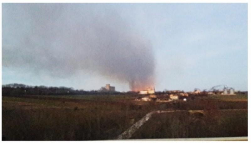 VIDEO Tragedie în Bulgaria: Patru morți, zeci de răniți și 20 de clădiri prăbușite, după ce două vagoane cu propan au deraiat și au explodat!