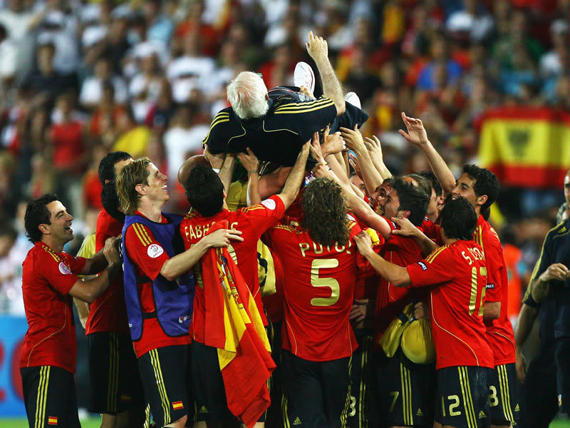 Tragedie in fotbalul spaniol: Antrenorul campion european in 2008 a murit