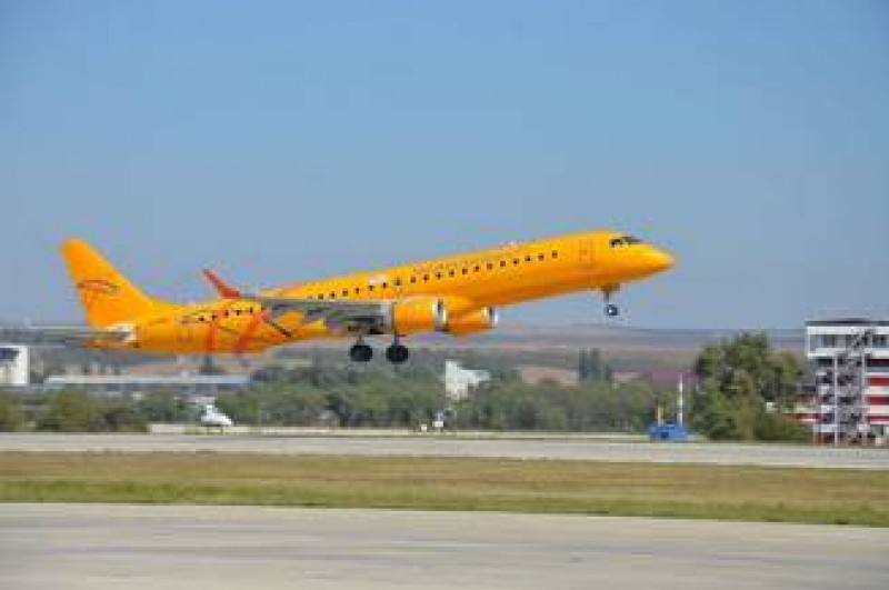 TRAGEDIE: Un avion cu 71 de persoane s-a prabusit langa Moscova