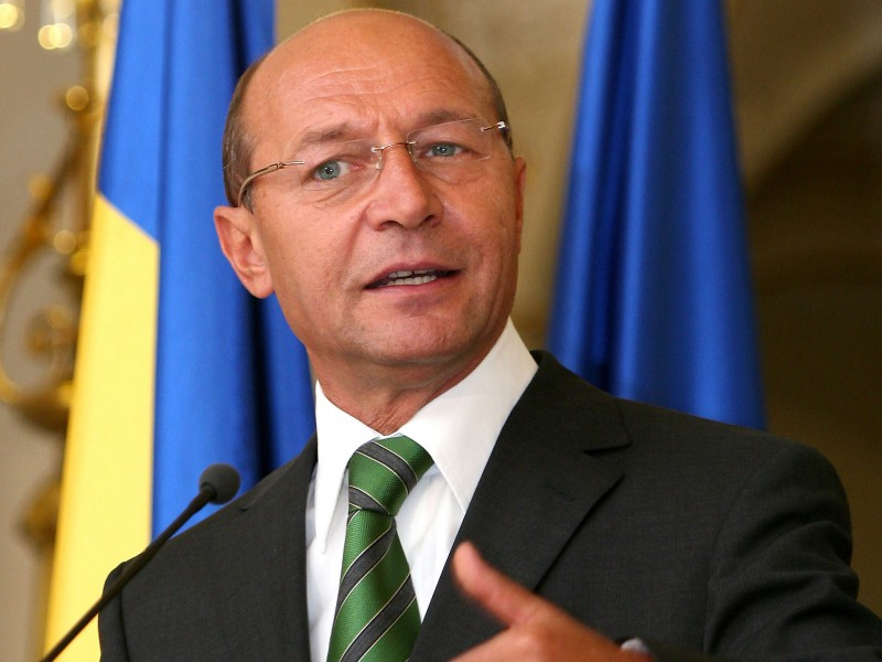 Traian Basescu: 26.000 de oameni trebuie sa paraseasca sistemul bugetar, pana la 31 decembrie 2010