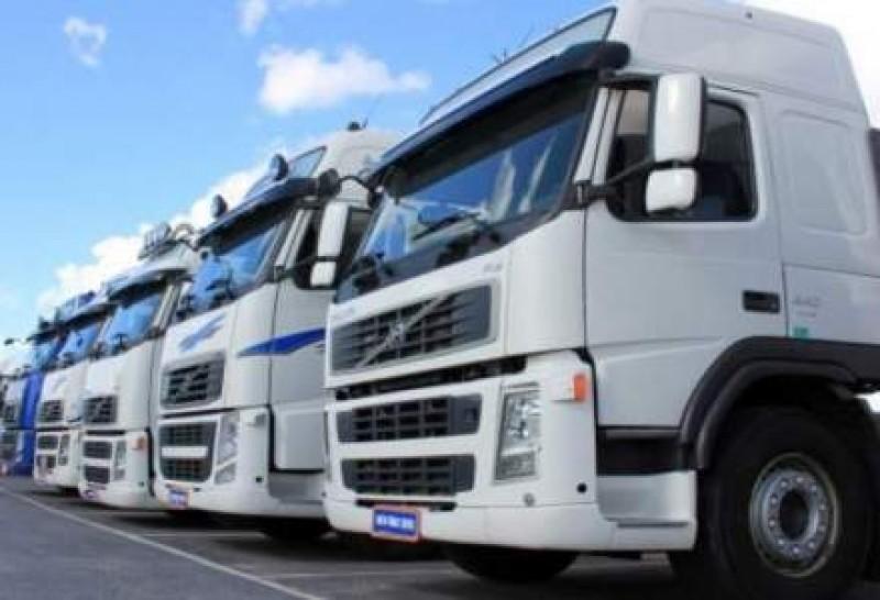Transportatorii cer autorităților reducerea timpului de înmatriculare pentru vehiculele comerciale
