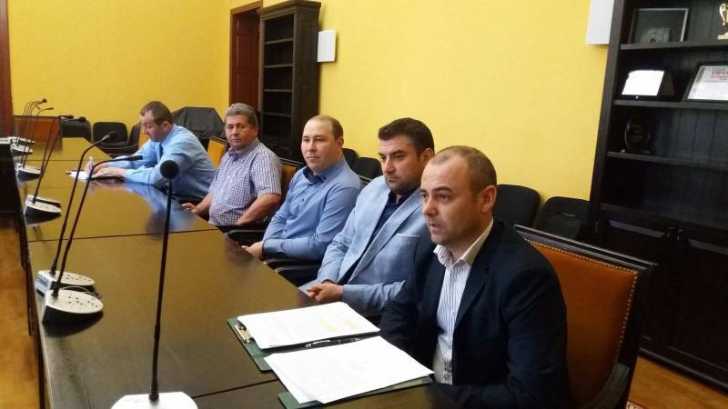 Transportatorii din județ cer mai multe stații în municipiul Botoșani