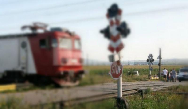 Trecerile la nivel cu calea ferată din județul Botoșani vor fi verificate de polițiști