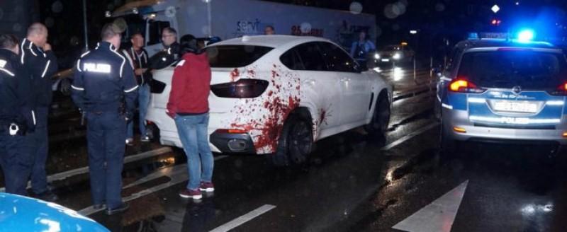 Trei echipaje de poliţie au urmărit un BMW X6 din cauza tuningului neobişnuit