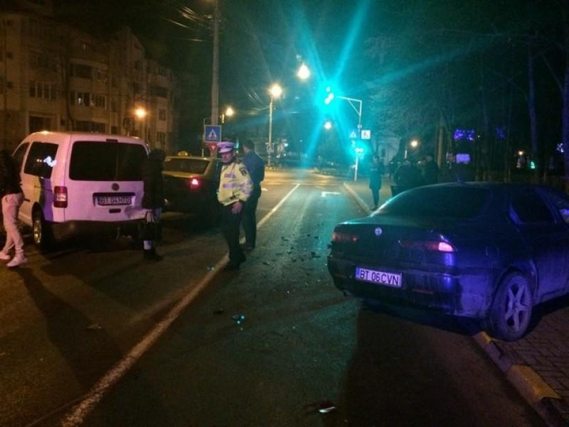 Trei maşini avariate în urma unui accident petrecut pe strada Octav Onicescu! FOTO