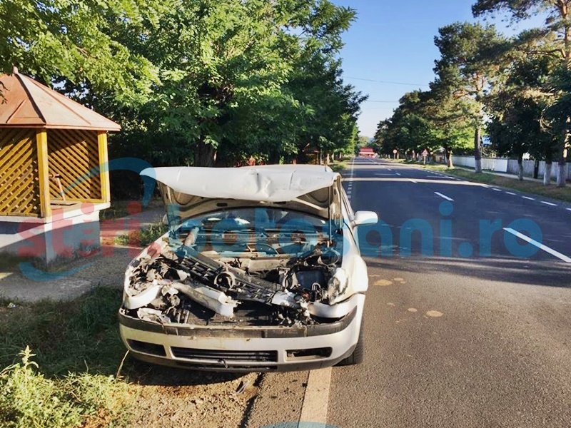 Trei mașini avariate pe drumul Botoșani-Dorohoi! FOTO