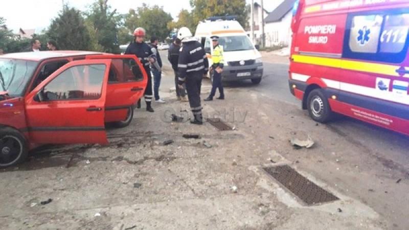 Trei răniți într-un accident produs de un șofer din Botoșani, care nu a acordat prioritate!