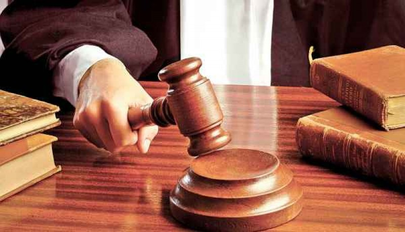 Trimis în judecată pentru tentativă de omor calificat: A atacat victima cu o mașină de tocat carne!