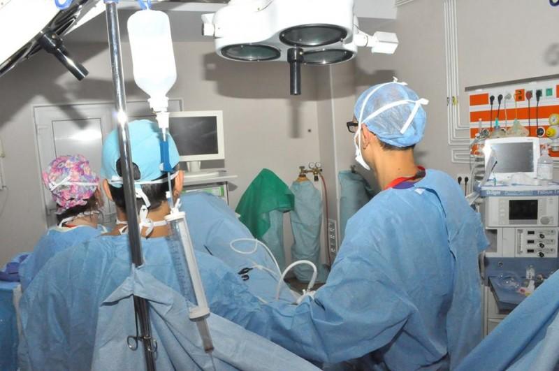 Tumoare de 10 kg extirpată de medicii de la Spitalul Mavromati!