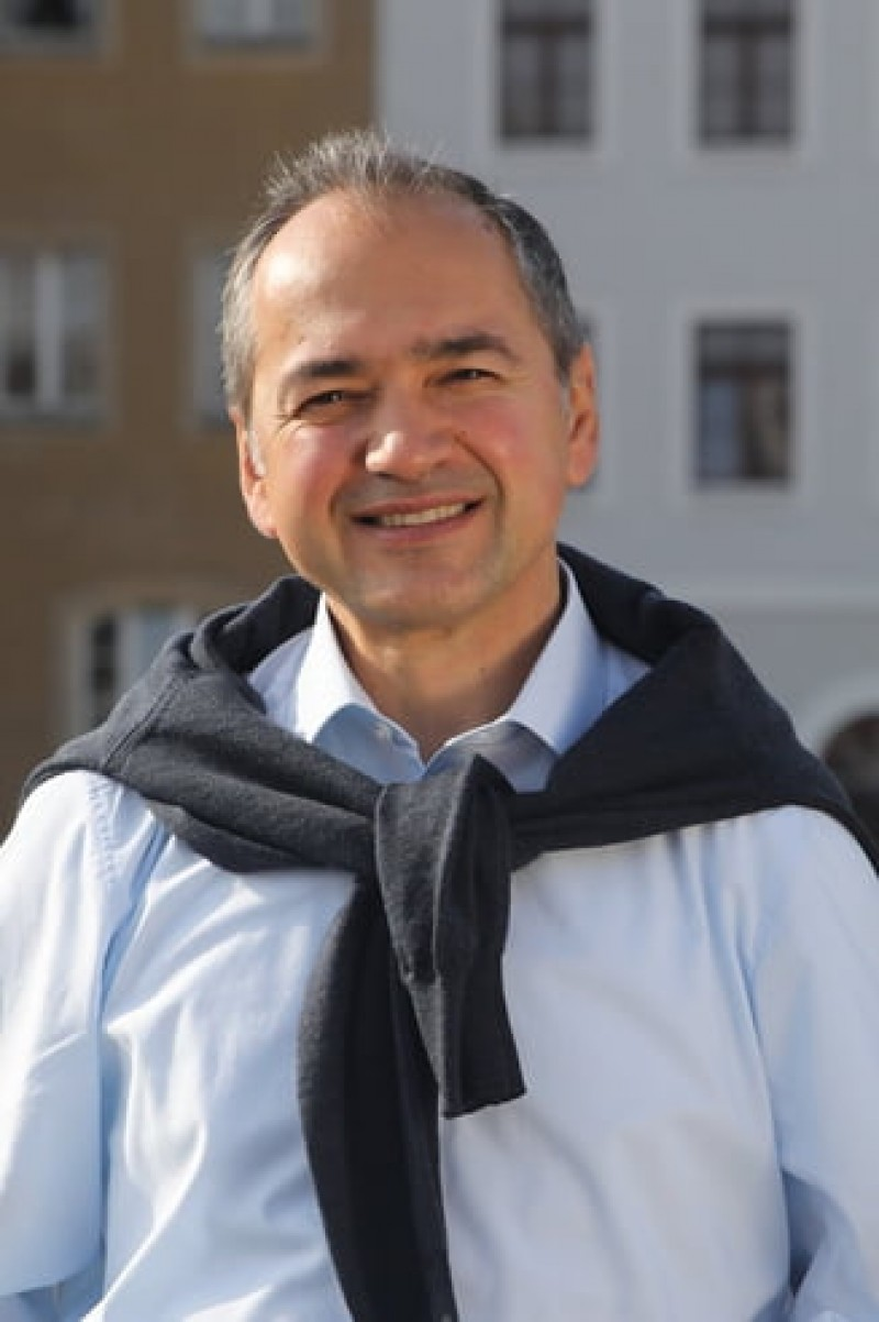 Ub român a fost ales primarul unui oraș din Germania
