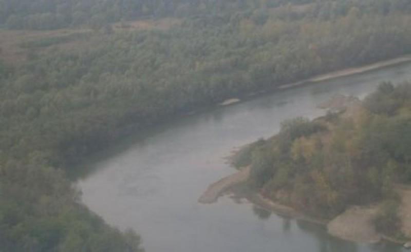 """Ucrainenii se plâng că râurile Suceava şi Prut le """"fură"""" din teritoriu"""