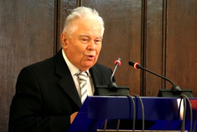 Ultima prelegere a profesorului Adrian Neculau a fost... intr-o biserica!