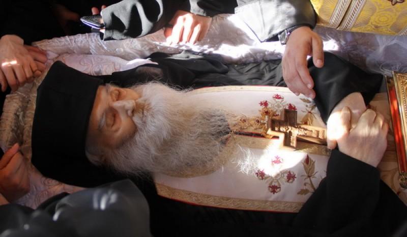 """Ultima Profetie a Parintelui Justin Parvu, pe patul mortii: """"Mai sunt 12 luni!"""""""