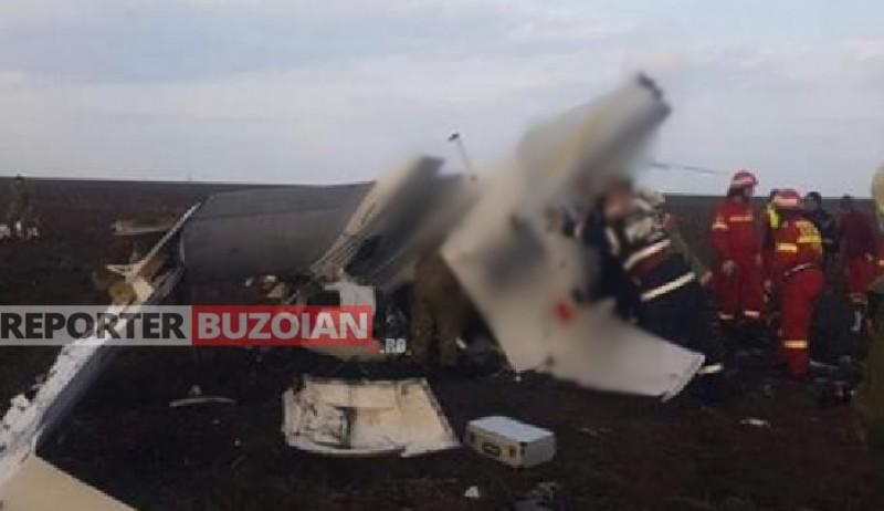 Un avion de mici dimensiuni s-a prăbușit în Buzău. Două persoane au fost găsite decedate în epavă