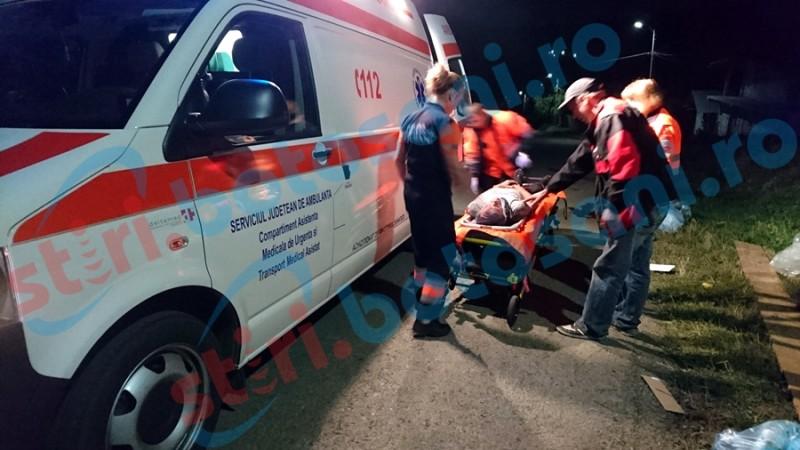 Un bărbat a ajuns la spital, după ce un șofer băut a lovit cu mașina două căruțe!