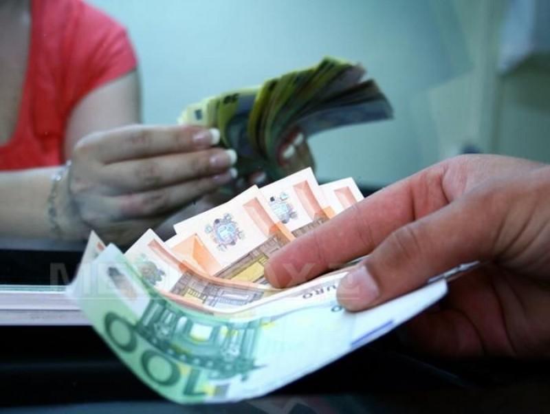 Un bărbat este cercetat pentru înşelăciune la schimb valutar în Dorohoi