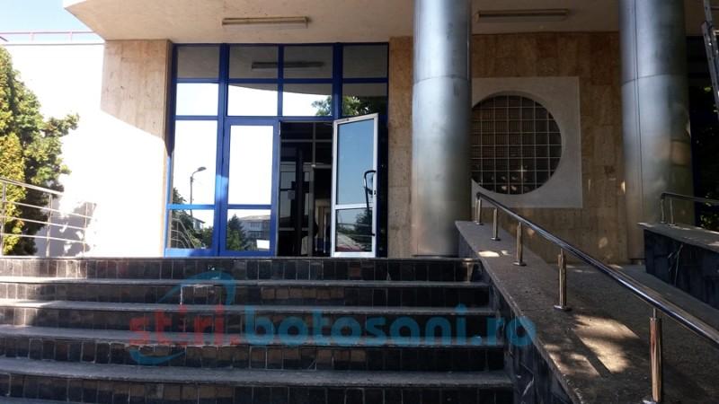 Un bărbat din Botoșani a învins în instanță Casa de Pensii din București. Manager amendat pentru lipsa transparenței instituționale