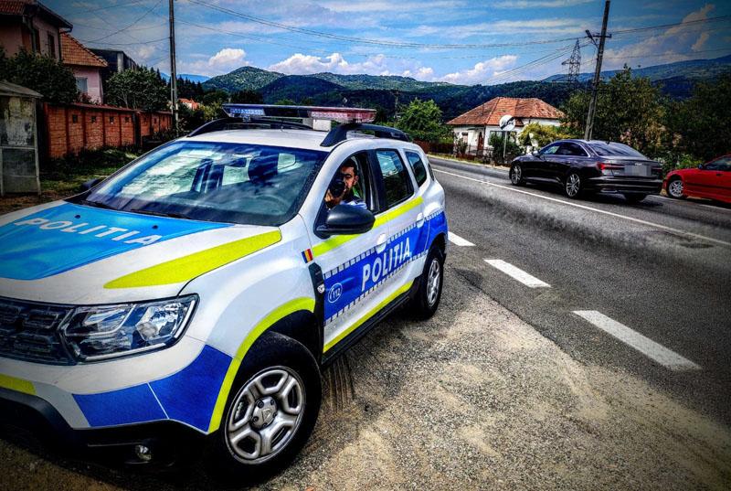 Un botoșănean a fost prins circulând cu 122 km/h în localitate la Suceava