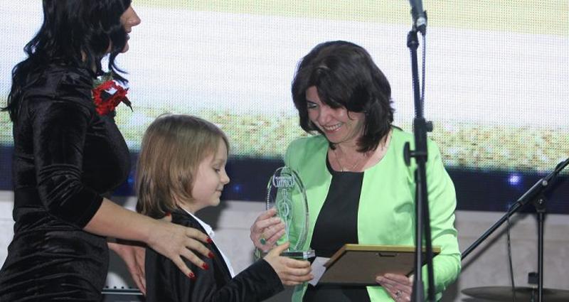 """Un botoșănean, desemnat oficial """"Liderul generaţiei de mâine""""! Sebastian Dobrincu este considerat Copilul genial al României!"""