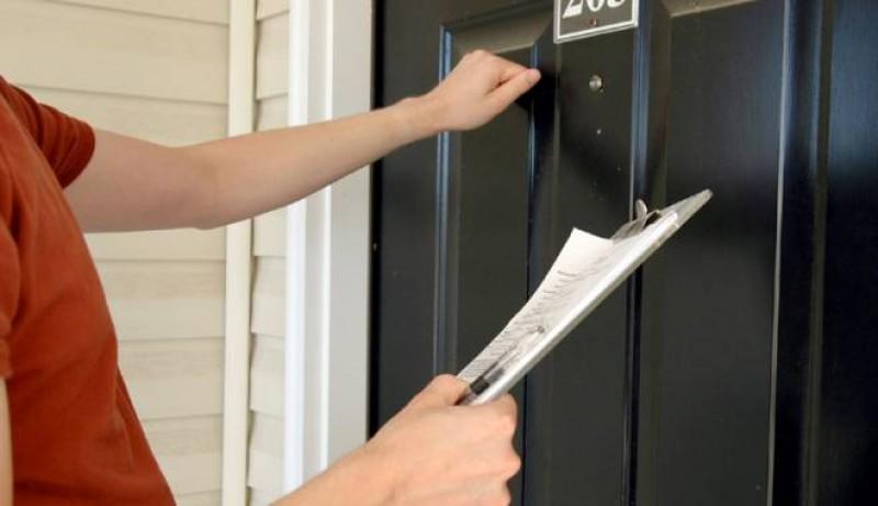 Un botoșănean s-a trezit la ușă cu un fals inspector ANAF, care i-a cerut bani. Ce spun reprezentanții Fiscului!