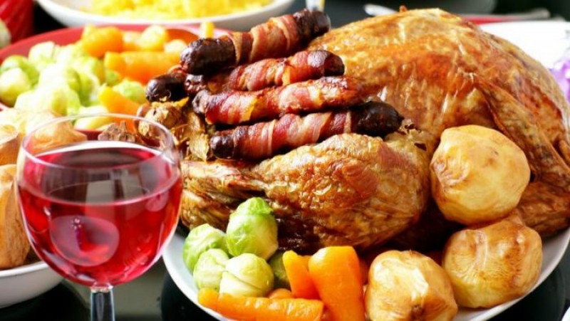 Un cunoscut nutriționist AVERTIZEAZĂ: Nu uitați cuvântul MAGIC al sărbătorilor: CUMPĂTAREA