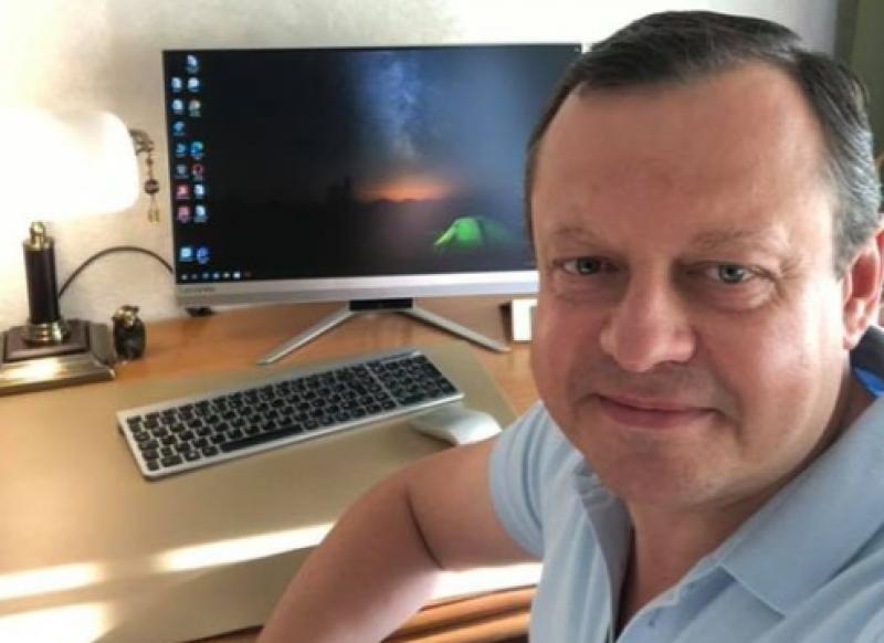Un cunoscut stomatolog din Botoșani a anunțat pe Facebook că s-a infectat cu COVID