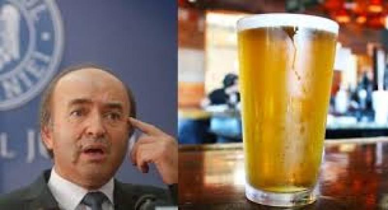 Un deţinut l-a dat în judecată pe Tudorel Toader pentru a primi bere fără alcool