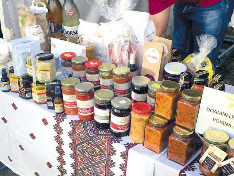 Un ieșean a adunat 50 de producători din zona Moldovei pe o platformă care sprijină mărcile locale şi vrea să educe consumatorii să aleagă un produs românesc!