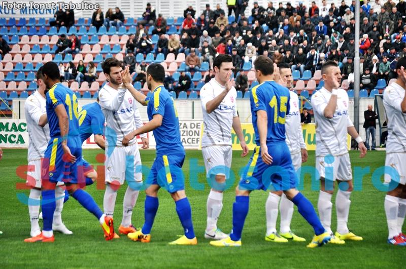 Un jucator de la FC Botosani, la un pas de un transfer in strainatate! Astazi a parasit lotul lui Leo Grozavu!