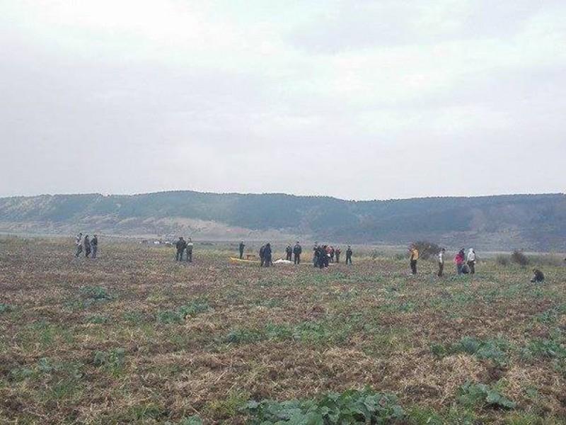 Un militar a murit după ce s-a prăbuşit cu paraşuta în apropierea Aerodromului Zărneşti, în timpul unui exerciţiu