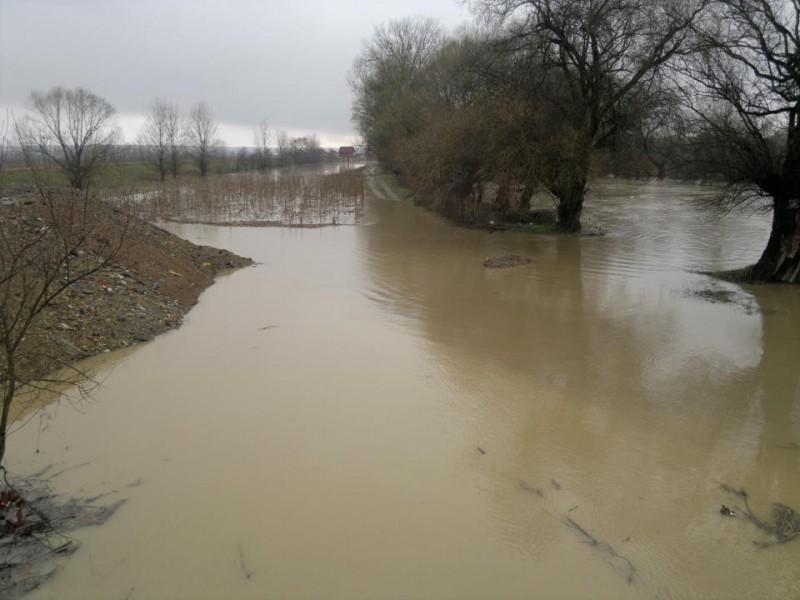 Un nou Cod roșu de furtuni în mai multe localități din județul Botoșani