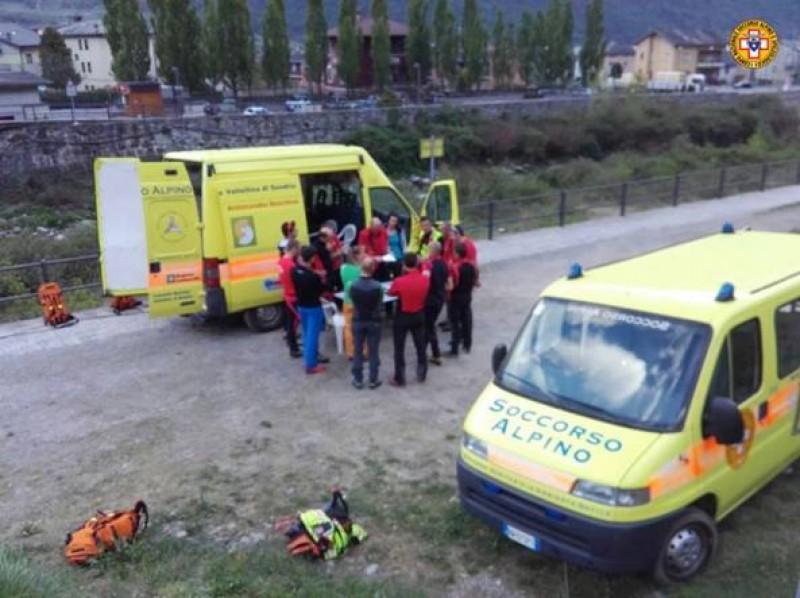 Un român a murit, iar altul este grav rănit, în urma unui accident de teleferic produs în Italia