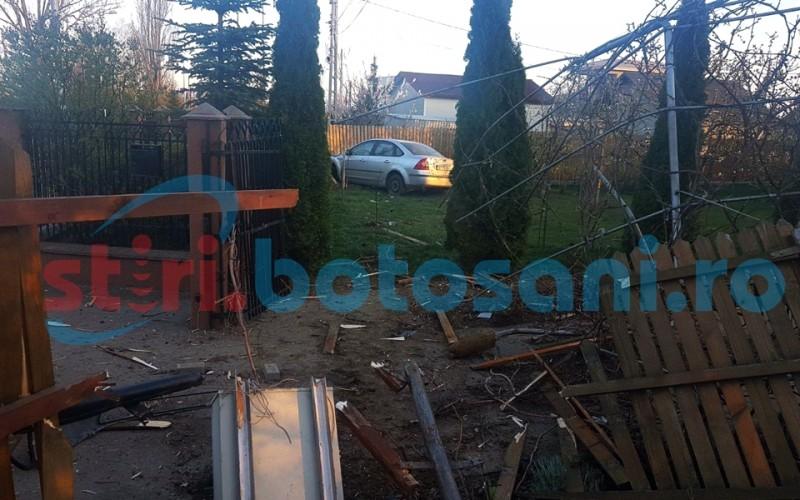 """Un sofer beat crita a """"aterizat"""" cu autoturismul in curtea unei vile de la Alfa Land! FOTO"""