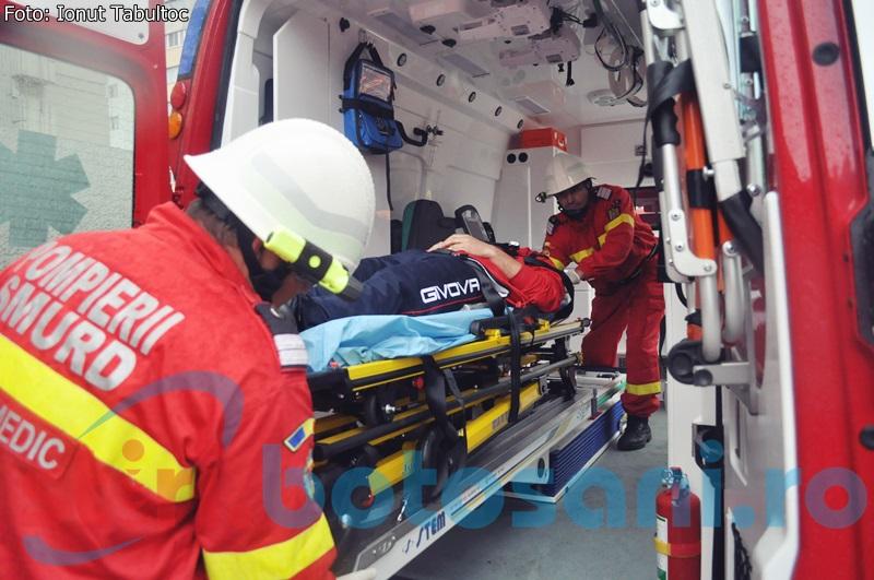 Un sofer botosanean si-a pierdut viata in timp ce urca in camion!