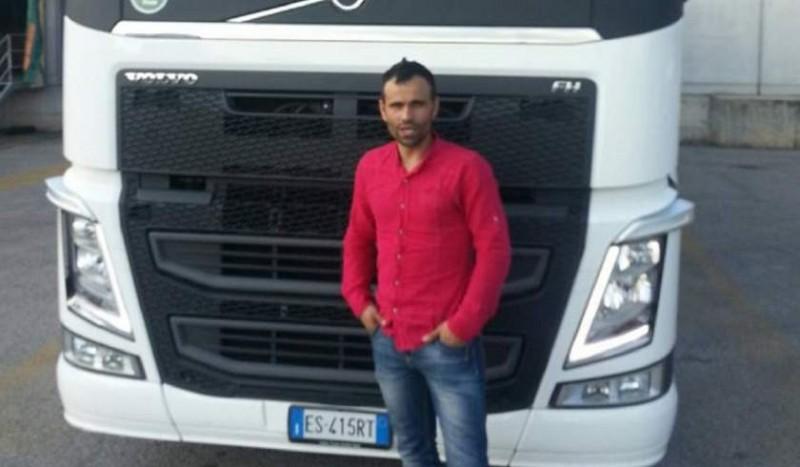 Un şofer român de camion a murit în Italia, în aceeaşi zi în care fratele lui se stingea, în ţară