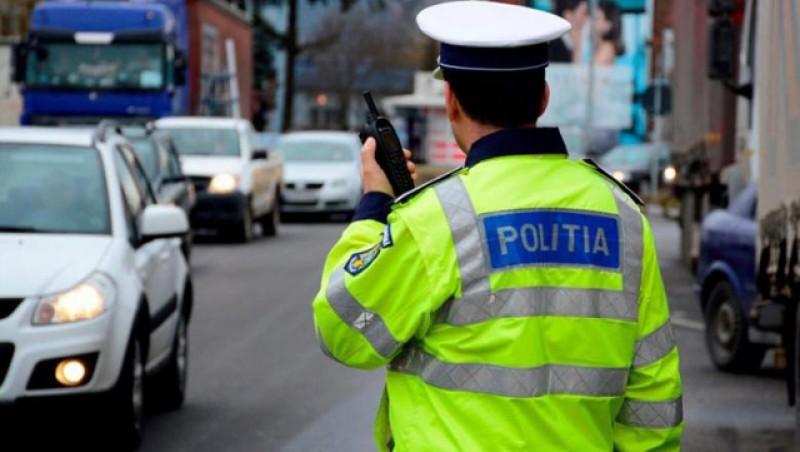 Un tânăr care conducea sub influența alcoolului și fără permis a fost reținut pentru 24 de ore. Astăzi va fi prezentat instanței