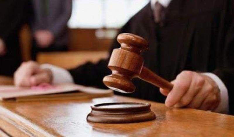 Un tânăr din Vorniceni a fost trimis în judecată după ce a ucis un bătrân cu o palmă