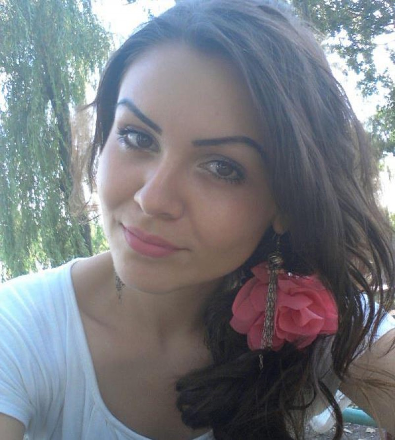 """UPDATE! Vezi cum poți dona sânge pentru tânăra de 19 ani, operată la Iași! """"Monica a deschis ochii și m-a recunoscut"""", spune prietenul fetei"""