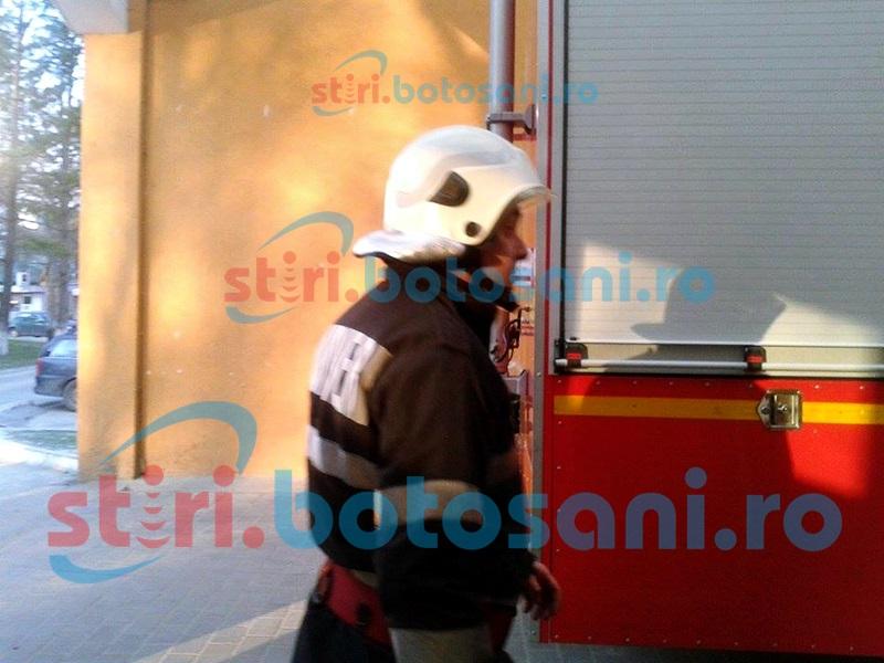 Pompieri chemați în ajutor pentru un pacient ajuns pe masa de operație!