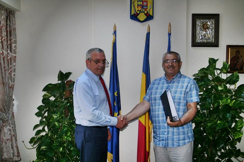 Urban Serv a semnat contractul pentru colectarea deșeurilor din județ - FOTO