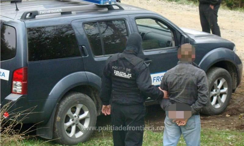 Tânăr din Botoșani condamnat pentru abandon de familie, încătușat în timp ce încerca să iasă din țară!