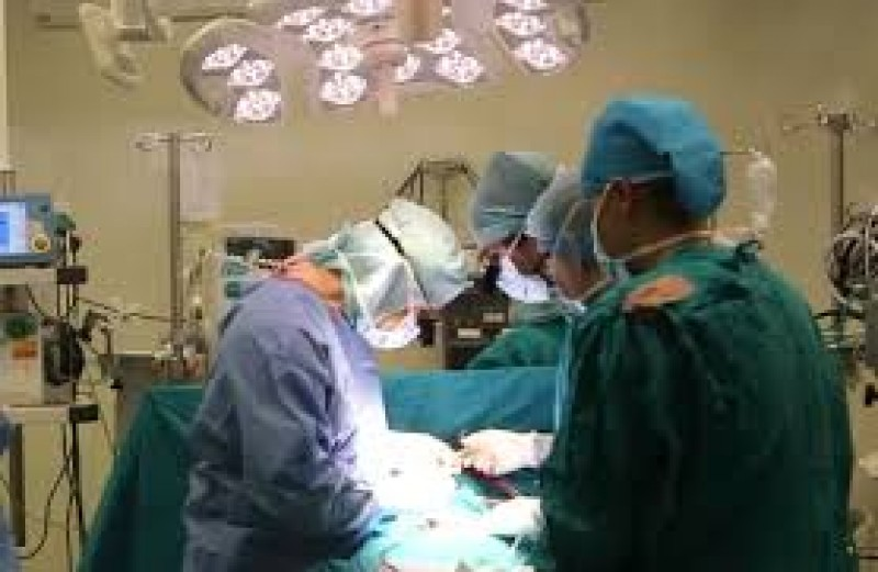 Urmează marea emigrare a medicilor români. În Anglia, vor primi salarii de 8 ori mai mari