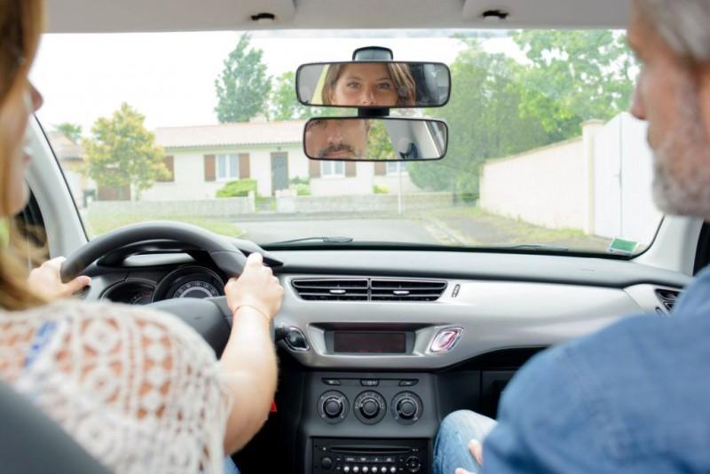 UTIL: Cum poți deveni instructor auto în România!