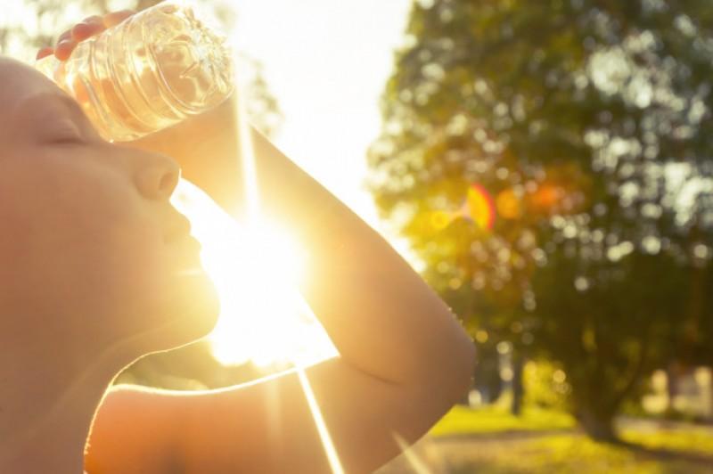 Vă sufocați de căldură? Ei bine, la Botoșani s-au înregistrat astăzi cele mai mari temperaturi din România!